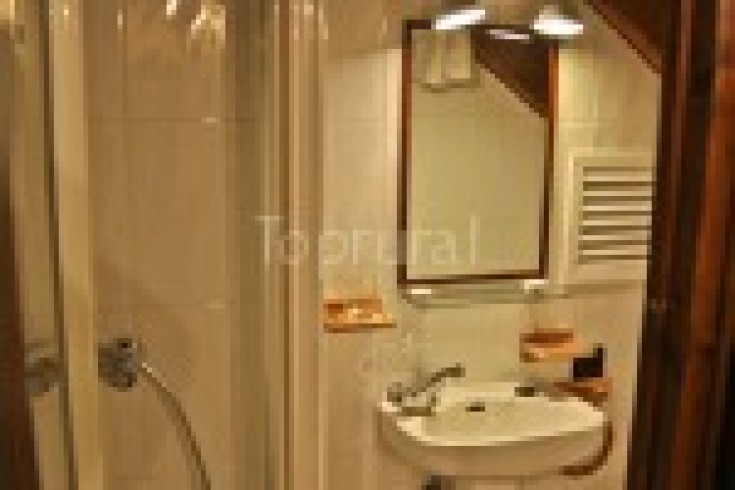 Baño de habitación 1